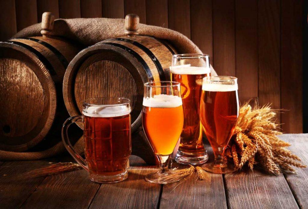vasos con distintos tipos de cerveza