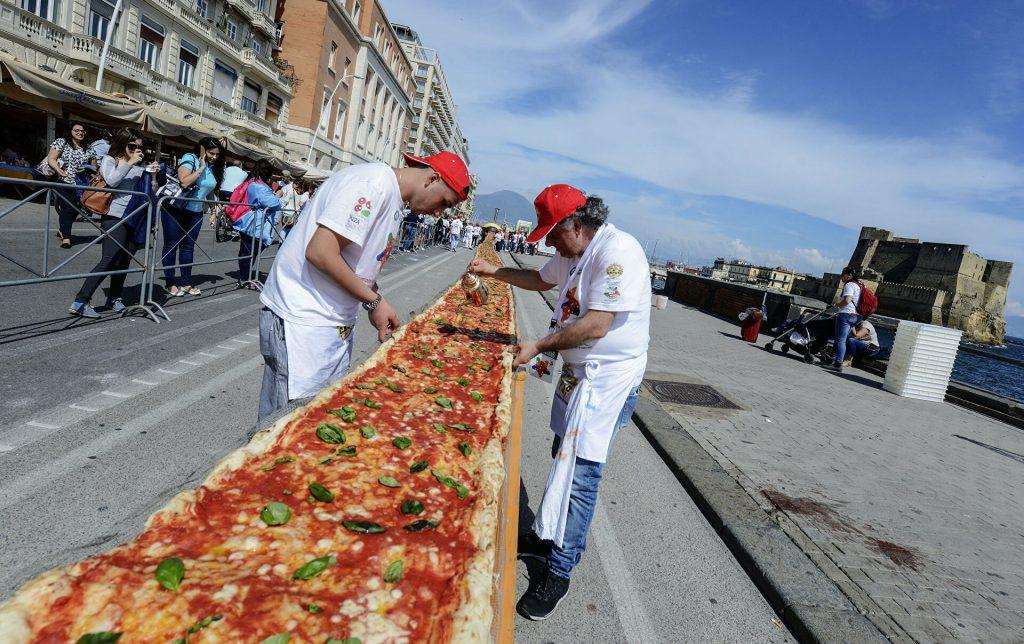 pizza más larga Nápoles